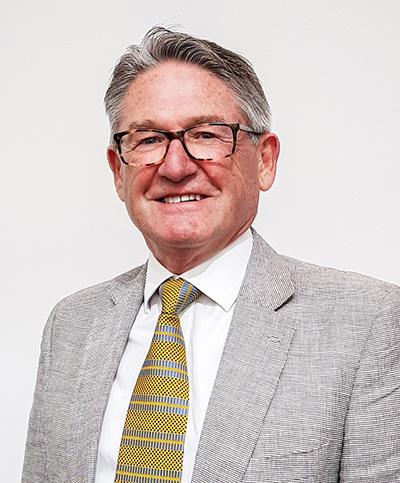 Mr Geoffrey McKinnon